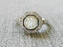 2.00 Carat White Round Cut Diamond Antique Halo Art Deco Engagement Ring in 925 Sterling Silver For Women's SJ2498